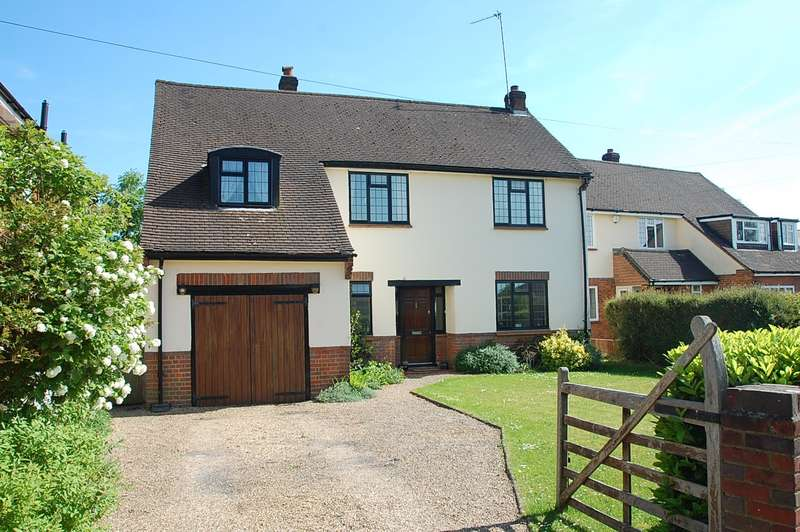 4 Bedrooms Detached House for sale in Garners Road, Chalfont St Peter, SL9