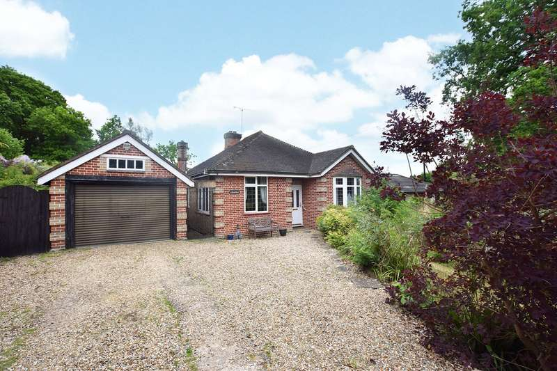 3 Bedrooms Detached Bungalow for sale in Broad Lane, Bracknell, Berkshire, RG12