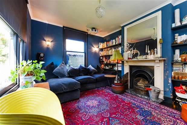 4 Bedrooms Semi Detached House for sale in Firs Close, Forest Hill