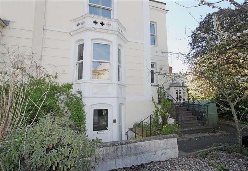 1 Bedroom Flat for sale in Cheltenham Road, Montpelier, Bristol