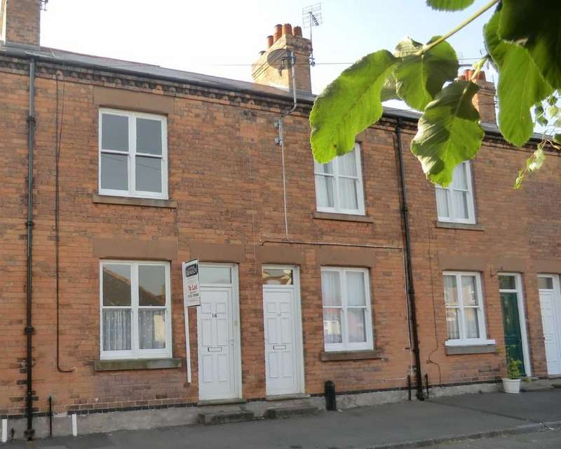 3 Bedrooms Terraced House for rent in 12 Dover Street, Southwell