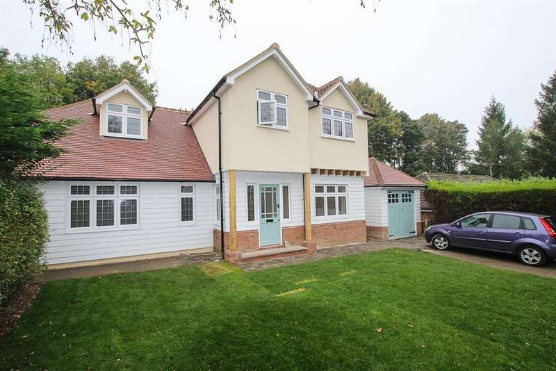5 Bedrooms House for rent in Herington Grove, Hutton Mount