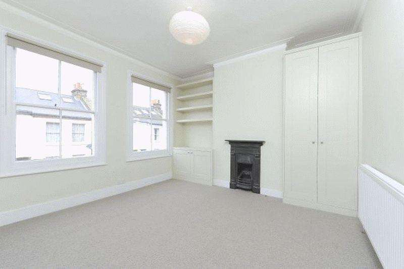 3 Bedrooms Apartment Flat for sale in Crimsworth Road, SW8