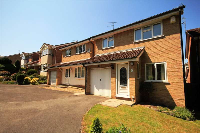 3 Bedrooms Property for sale in Conifer Close Downend Bristol BS16