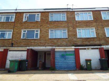 3 Bedrooms Terraced House for sale in Canning Town, London