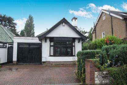 4 Bedrooms Bungalow for sale in Ludlow Avenue, Luton, Bedfordshire