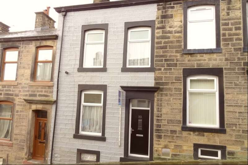 2 Bedrooms Terraced House for sale in Earl Street, Colne, BB8