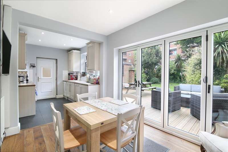 3 Bedrooms Semi Detached House for sale in Blanchedowne, Herne Hill, SE5