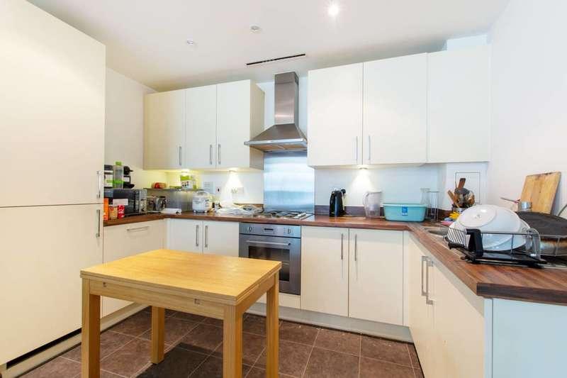 2 Bedrooms Flat for rent in Saffron Central Square, East Croydon, CR0