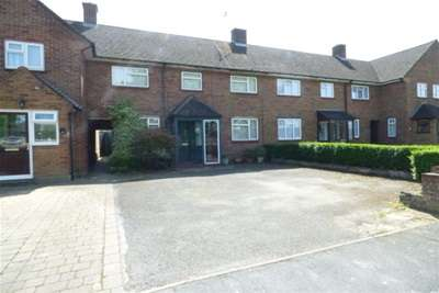 3 Bedrooms House for rent in Chesham Way, WD18