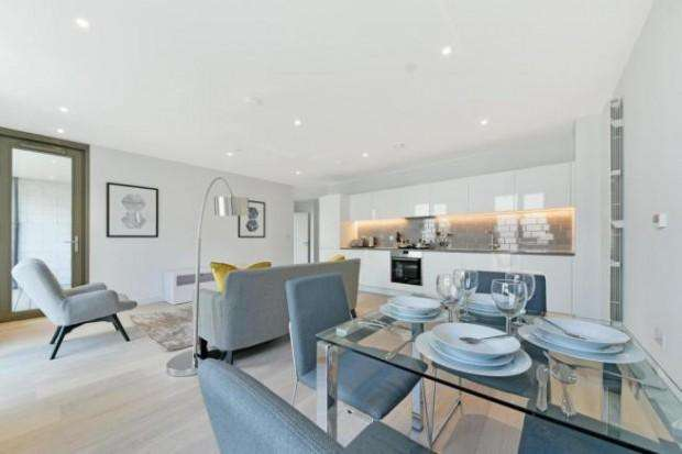 1 Bedroom Apartment Flat for sale in Portland House Royal Wharf, N Woolwich Road, London, E16