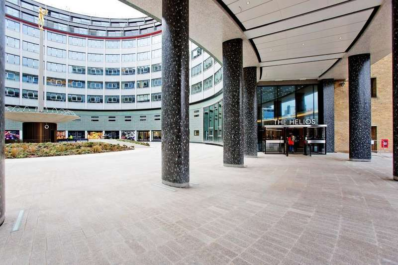 3 Bedrooms Flat for sale in The Crescent, Television Centre, 101 Wood Lane, London W12