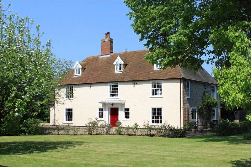 5 Bedrooms Detached House for sale in Hopton, Suffolk, IP22