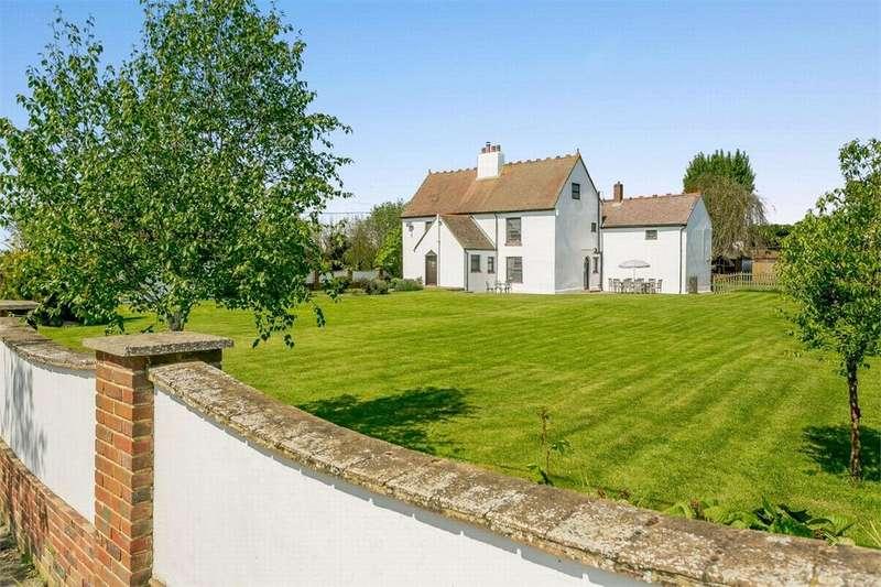 6 Bedrooms Detached House for sale in Hoo, Kent