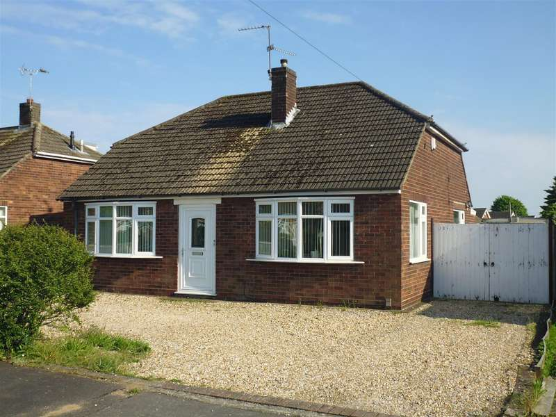 3 Bedrooms Property for sale in Sunbeam Avenue, North Hykeham, Lincoln
