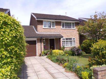 4 Bedrooms Detached House for sale in Corwen Road, Penyffordd, Chester, Flintshire, CH4