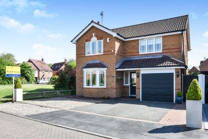 4 Bedrooms Detached House for sale in Naseby Drive, Ashby-De-La-Zouch, Leicestershire