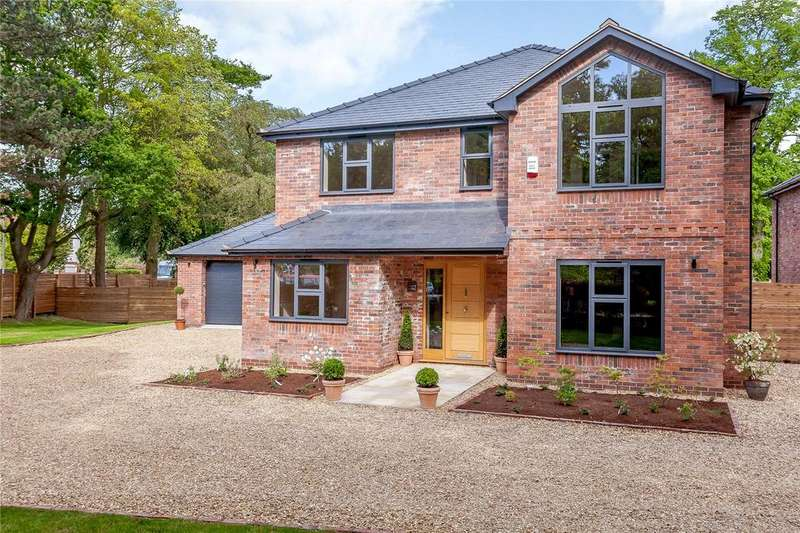 4 Bedrooms Detached House for sale in Park Lane, Sandbach, Cheshire