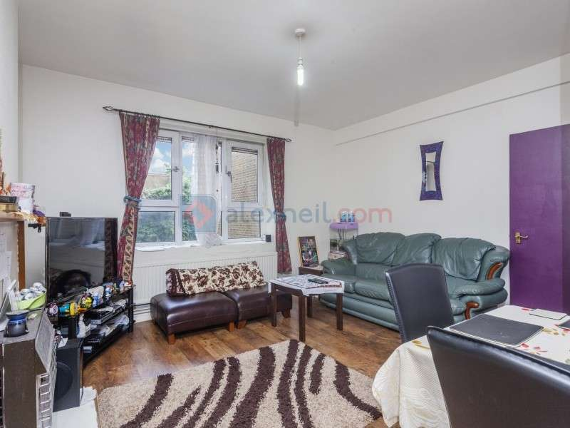 2 Bedrooms Flat for sale in Beatrice Webb House, Bow E3