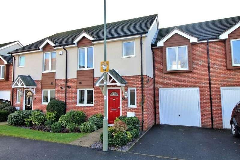4 Bedrooms Terraced House for sale in Penfold Way, Havant