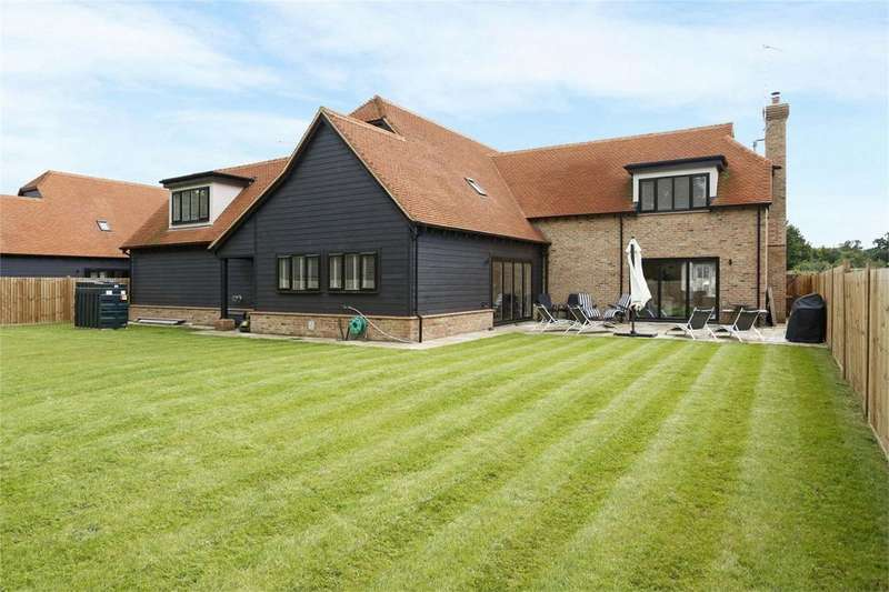 6 Bedrooms Detached House for sale in Woodland Barns, Hoe Lane, Nazeing, Essex