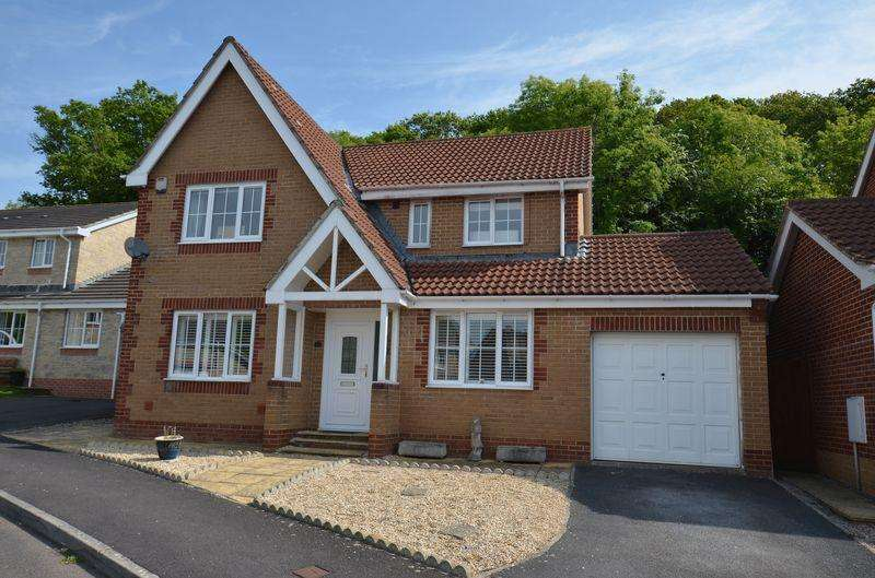 5 Bedrooms Detached House for sale in Abbotswood, Kingsteignton