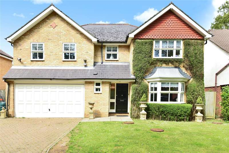5 Bedrooms Detached House for sale in Holm Grove, Hillingdon, Middlesex, UB10