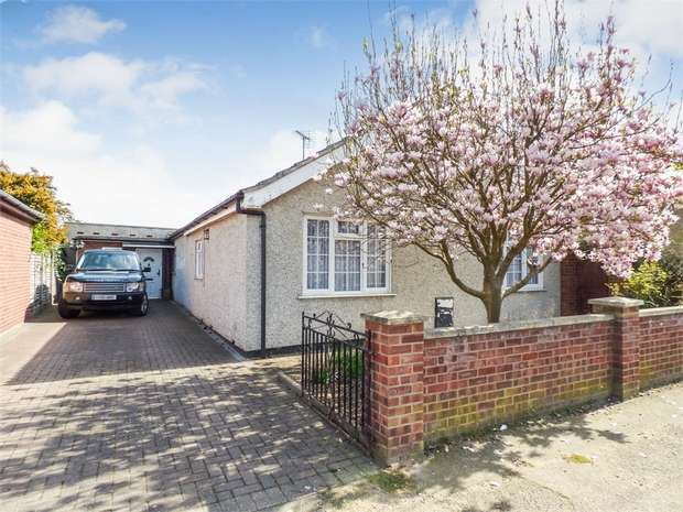 3 Bedrooms Detached Bungalow for sale in Villa Road, Stanway, Colchester, Essex