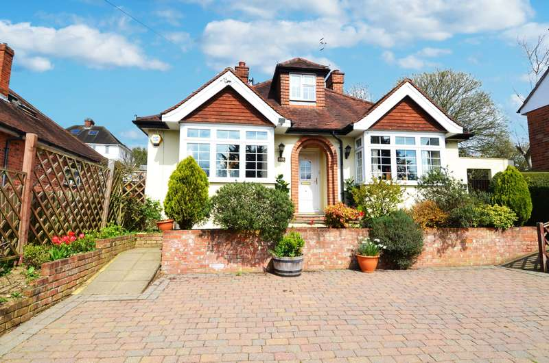 4 Bedrooms Chalet House for sale in London Road, Loudwater, HP10
