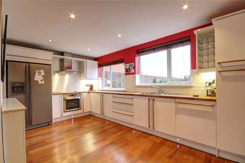 5 Bedrooms Semi Detached Bungalow for sale in Newholme Estate, Station Town, Wingate, TS28