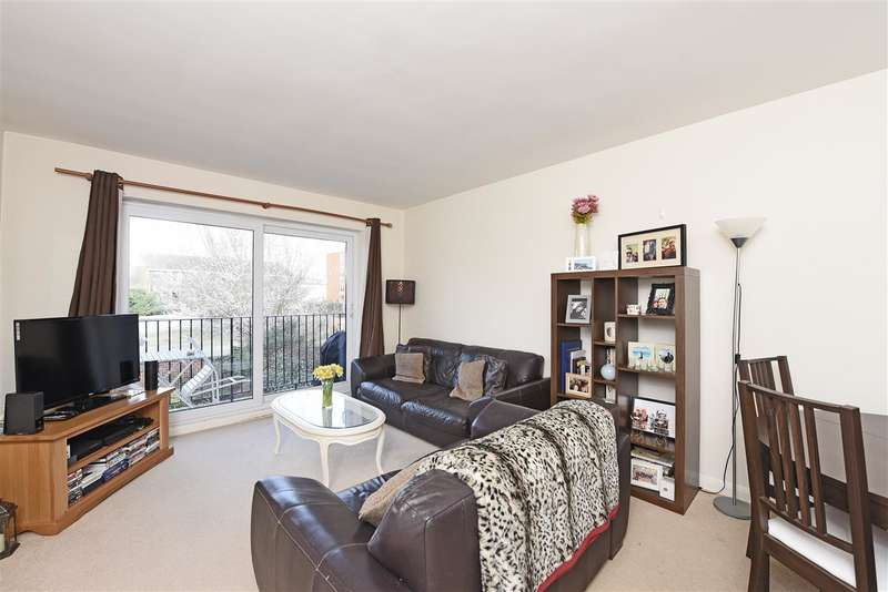 2 Bedrooms Apartment Flat for sale in Woodbury House, 1 Elm Grove, Wimbledon