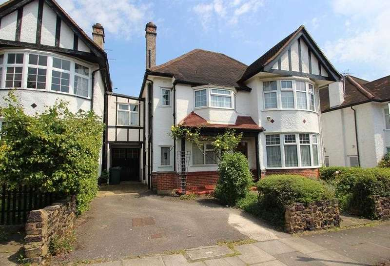 5 Bedrooms House for sale in Lawrence Court, Mill Hill