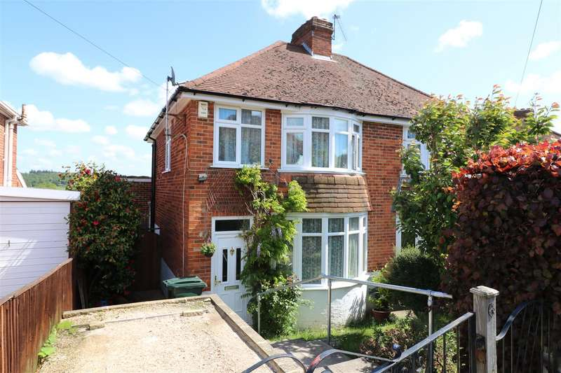 3 Bedrooms Semi Detached House for sale in Rydal Avenue, Tilehurst, Reading