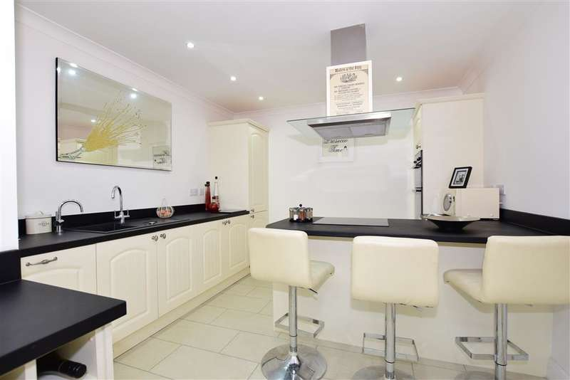5 Bedrooms Detached House for sale in Chestfield Road, , Chestfield, Whitstable, Kent