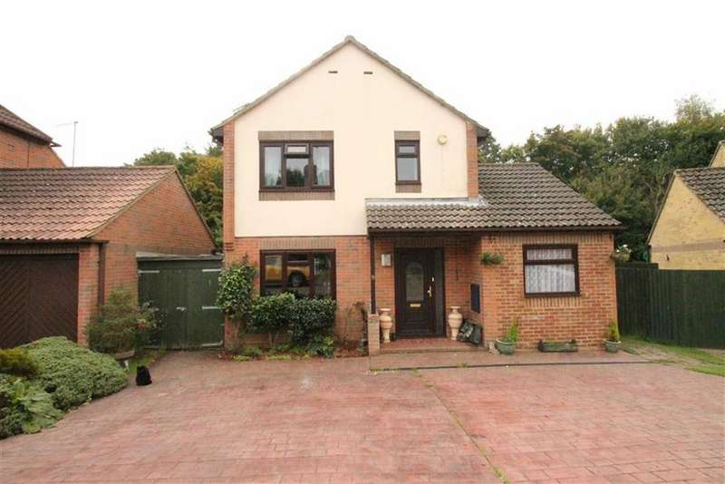 4 Bedrooms Detached House for sale in Salcey Close, St Leonards-on-sea, East Sussex