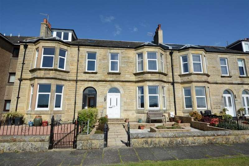 4 Bedrooms Terraced House for sale in 3 Broomfield, Largs, KA30 8HH