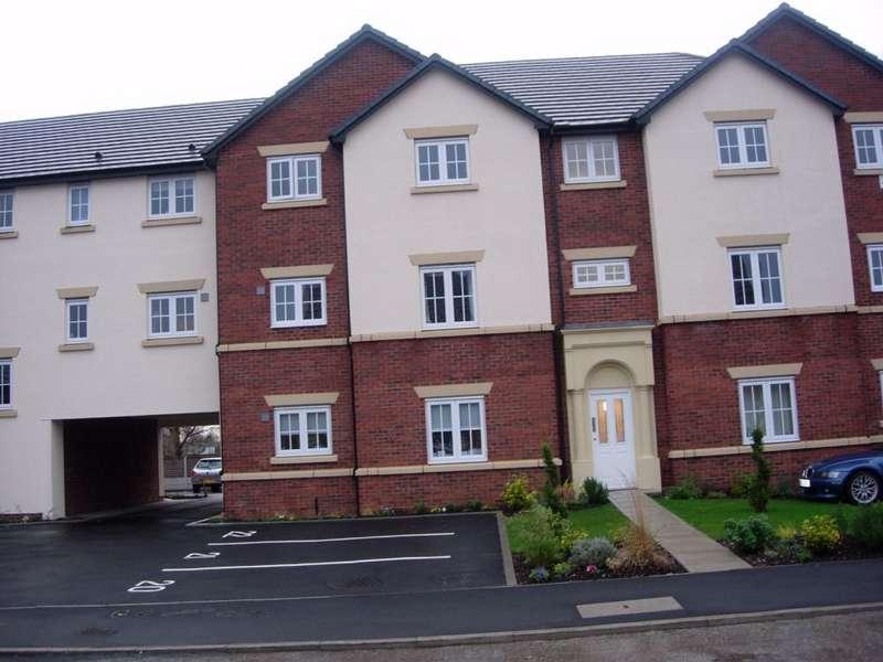 2 Bedrooms Flat for rent in Redoaks Way Halewood Village Liverpool