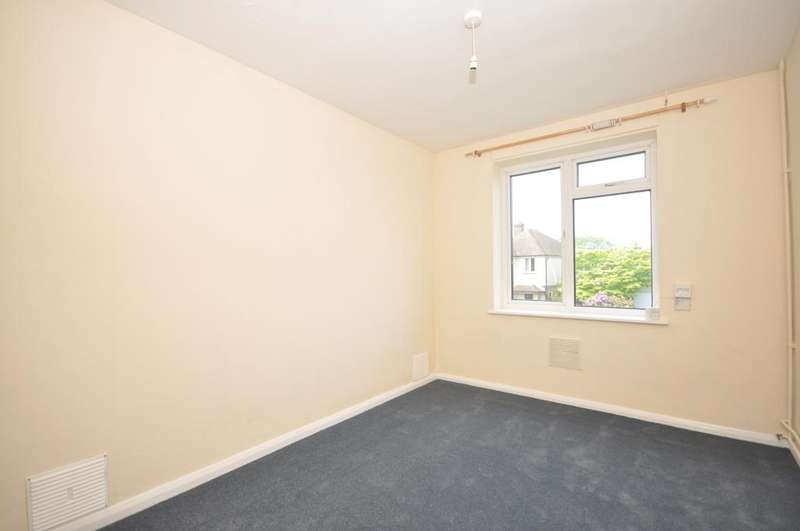 2 Bedrooms Detached Bungalow for rent in Springfield Avenue St. Michaels TN30