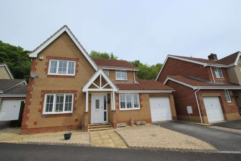 4 Bedrooms Detached House for sale in Abbotswood, Kingsteignton, Newton Abbot, TQ12