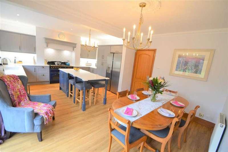 5 Bedrooms Detached House for sale in Highbury Road, Keyworth, Nottingham