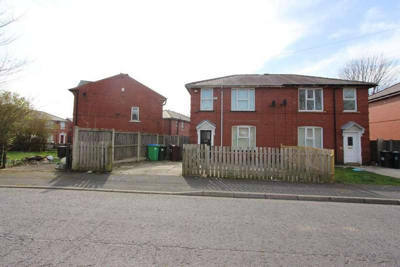 3 Bedrooms Semi Detached House for sale in Church Road, Newbold, Rochdale