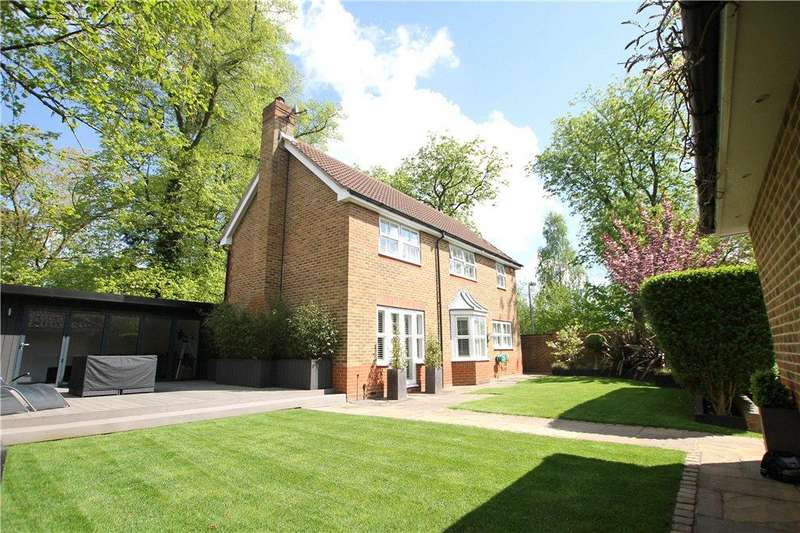 4 Bedrooms Detached House for sale in Roundshead Drive, Warfield, Berkshire, RG42