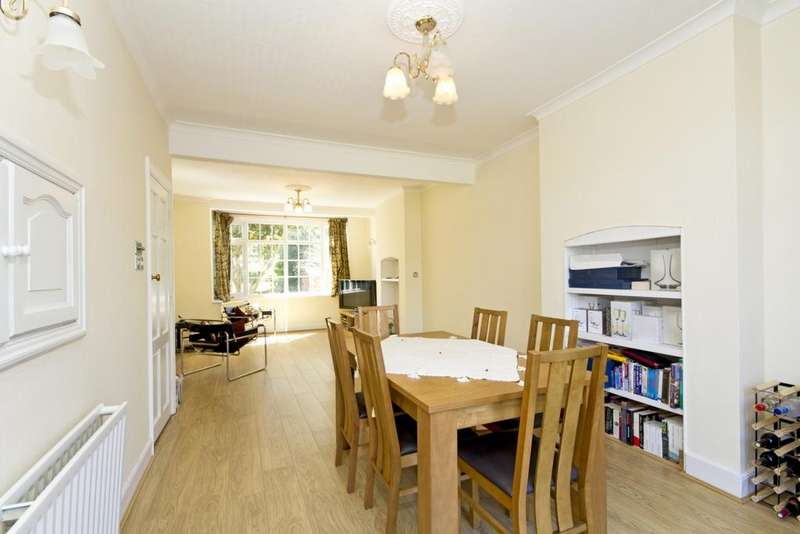 4 Bedrooms House for sale in Crossway, Raynes Park, SW20