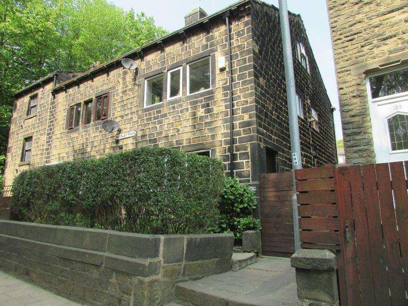 4 Bedrooms Terraced House for sale in Burnley Road, Todmorden