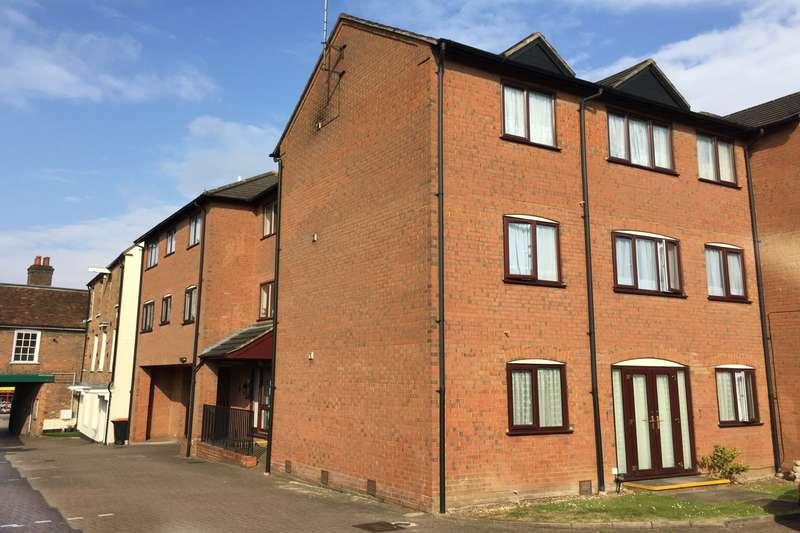 1 Bedroom Flat for sale in Norton Court, Dunstable, LU6