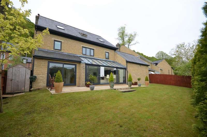 7 Bedrooms Detached House for sale in 10 Fern Valley Chase, Todmorden, OL14 7HB