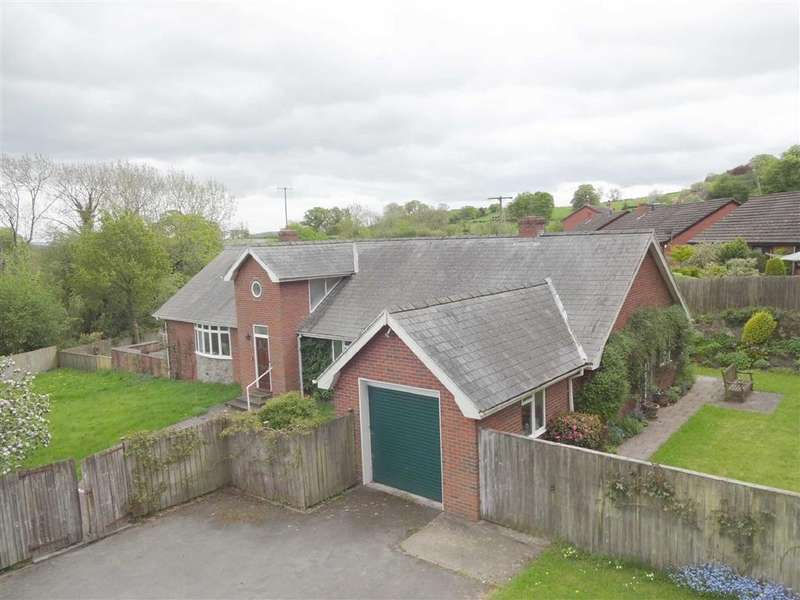3 Bedrooms Detached Bungalow for sale in The Old Orchard, Kerry Road, Montgomery, Powys, SY15