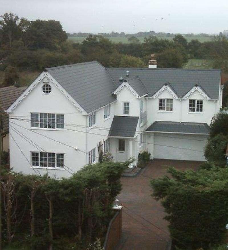 6 Bedrooms Detached House for sale in Havant Road, Hayling Island