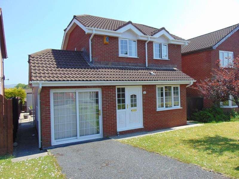 3 Bedrooms Detached House for sale in Heol Morlais , Llangennech, Llanelli, Carmarthenshire. SA14 8SZ