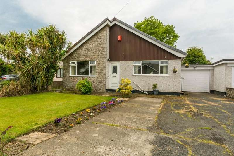 2 Bedrooms Detached Bungalow for sale in Garth Drive, Gaerwen, North Wales